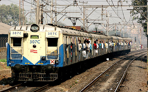 understanding mumbai railways Mumbai to delhi train are dehradun exp,csmt asr expres,bdts jat ac spl,fzr janata exp check mumbai to delhi.