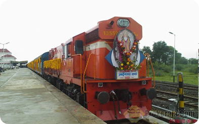 Train from Mumbai to Shirdi